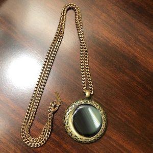 Jewel Mint Round Circle Stone Pendant Necklace